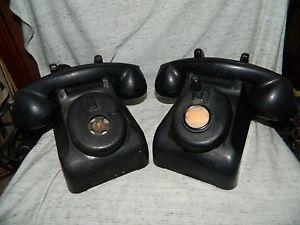 Vintage Pair Leich Black Hand Crank Telephones Desk 901B Bakelite