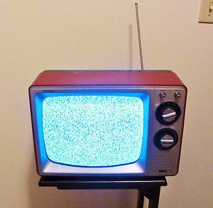 """Vintage RCA Solid State 1970's Television Set TV Retro Black Gray Red 15"""" Works"""