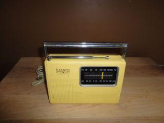 Zenith Solid State Radio Model RF42