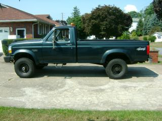 1994 Ford F250 Pickup Truck 4x4 with Western Plow Tool Box 8ft Box