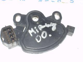97 04 Mitsubishi Neutral Safety Switch PA66 GF15