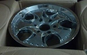 "17"" KMC Venom Chrome Wheel 17x8 6 Lug Chevy 6x5 5 12mm KM75578068212"