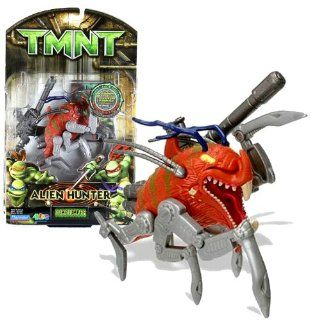 Playmates Year 2007 Teenage Mutant Ninja Turtles TMNT Alien Hunter Series 4 1/2 Inch Long Action Figure   DUMPJUMPER with Blaster Rifle Toys & Games