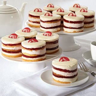 Annie's Bakery 12 pack Strawberry Shortcake Individual Cakes