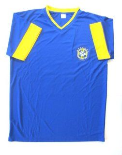 BRASIL # 10 KAKA AWAY SOCCER JERSEY SIZE ADULT XTRA LARGE . NEW. : Sports Fan Jerseys : Sports & Outdoors