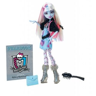 Monster High Picture Day Abbey Bominable Doll Monster High Celebrity & Fashion Dolls
