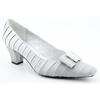 J Renee Women's 'Felicity' Fabric Dress Shoes Narrow (Size 7.5) Heels