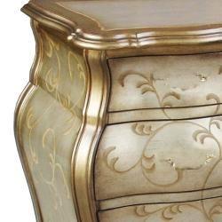 Gavetero pintado a mano con acabado desgastado y detalles decorativos estilo Bombay, dorado/plateado Coffee, Sofa & End Tables