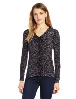 Sofie Women's 100% Cashmere Animal V Neck Sweater: Clothing