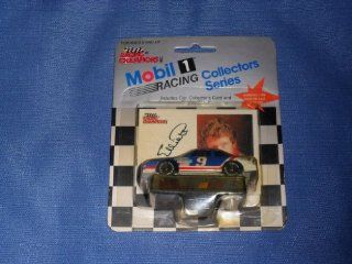 1991 NASCAR Racing Champions . . . Bill Elliott #9 Melling ford Thunderbird 1/64 Diecast . . . Includes Collector's Card and Display Stand . . . Mobil 1 Racing Collectors Series: Toys & Games