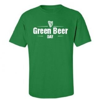 Green Beer Logo: Gildan Unisex Cotton Crewneck T Shirt: Clothing