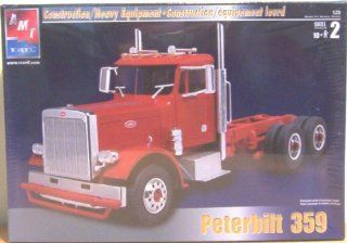 PETERBILT 359 Model Truck Kit 1:25 Scale AMT ERTL: Toys & Games